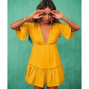 SINCERELY JULES // plunge boho beachy mini dress